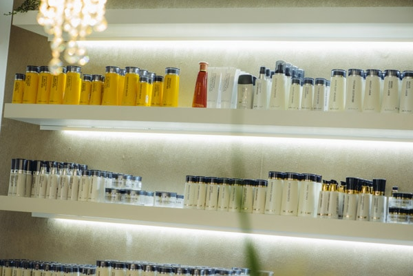 Übersicht über die Dr. Baumann Kosmetik-Produkte im Kosmetikstudio Sendling
